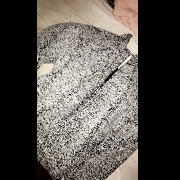 PINK Victoria's Secret Other - a Victoria Secret / PINK hoodie